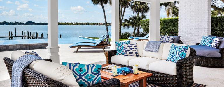 beachy and bright in palm beach features design insight from the