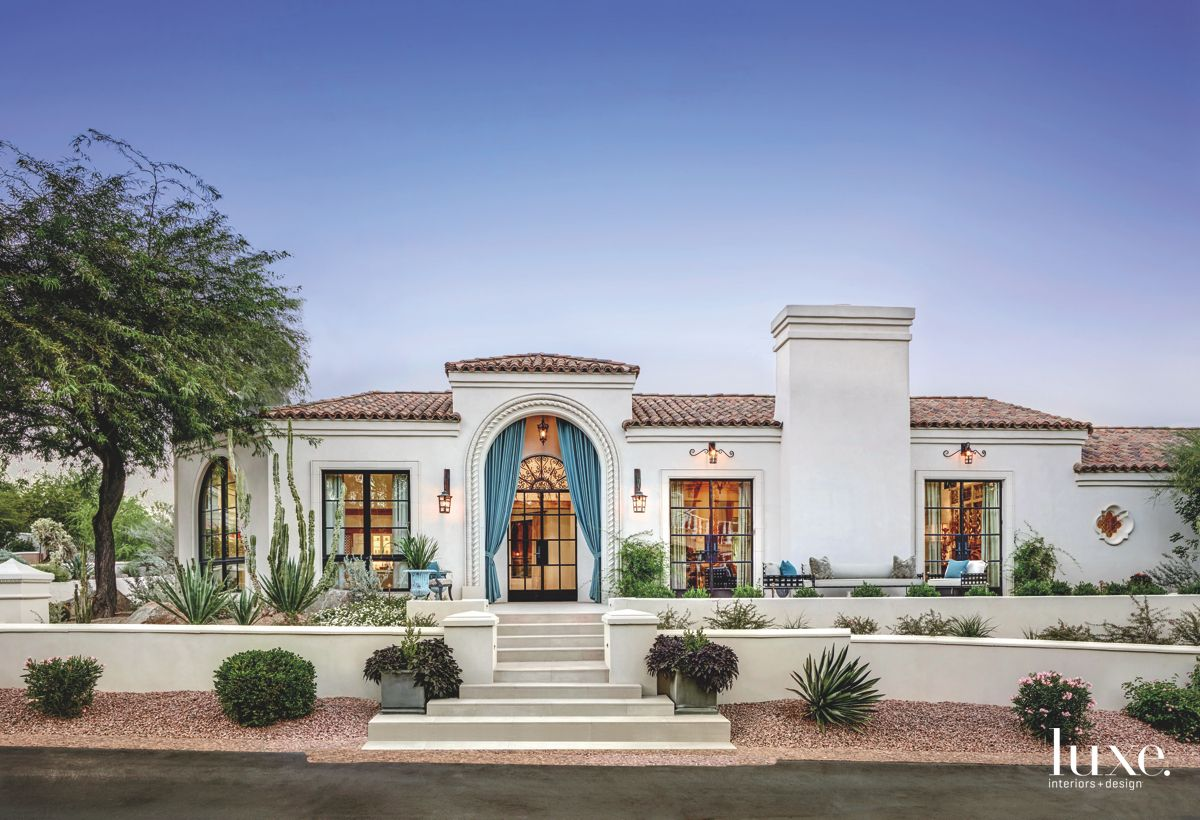Dramatic Entrance in Fashion-Forward Paradise Valley Home