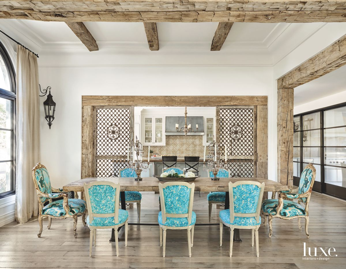 Turquoise Touches in Fashionable Paradise Valley Home