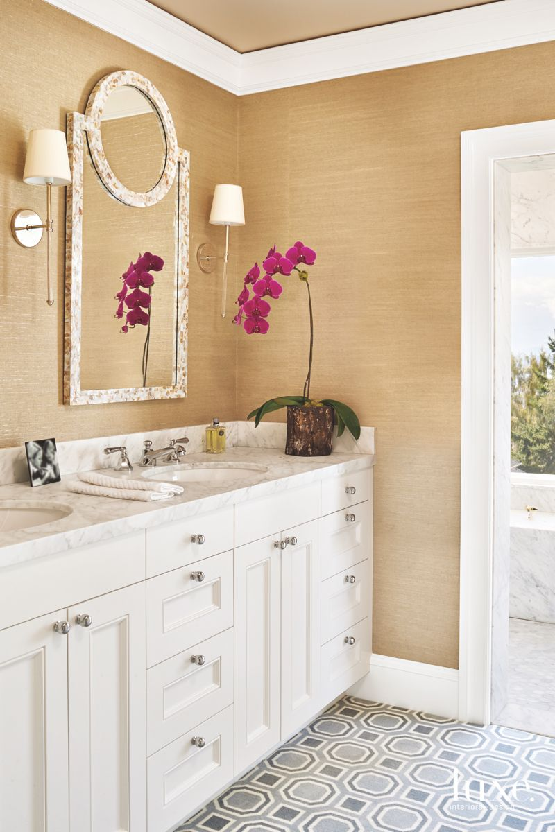 Toned-Down Simplicity in Master Bath of Eclectic Seattle Home