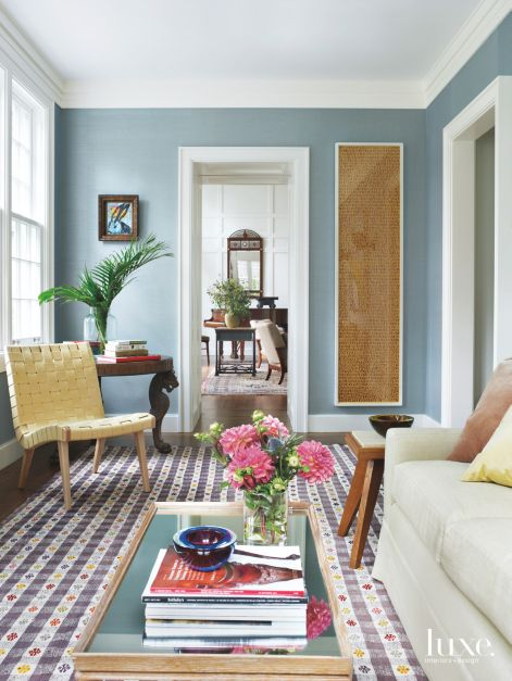 Turkish Midcentury Cotton Rug Adds Texture And Color In Casual Intimate Sitting Area Luxe Interiors Design