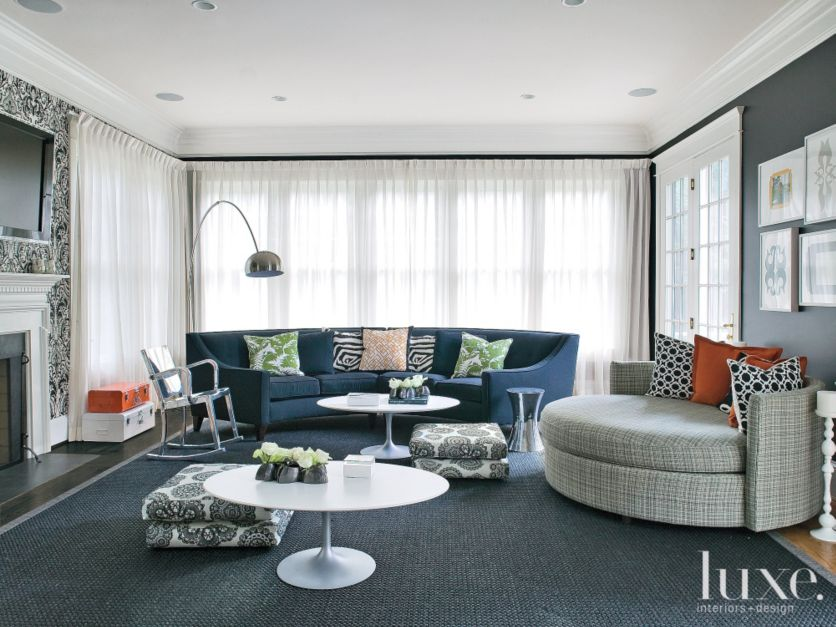 blue family room with eclectic accent pillows l