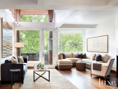 A Modern Aspen Town House with Clean Lines and Cohesive Furnishings
