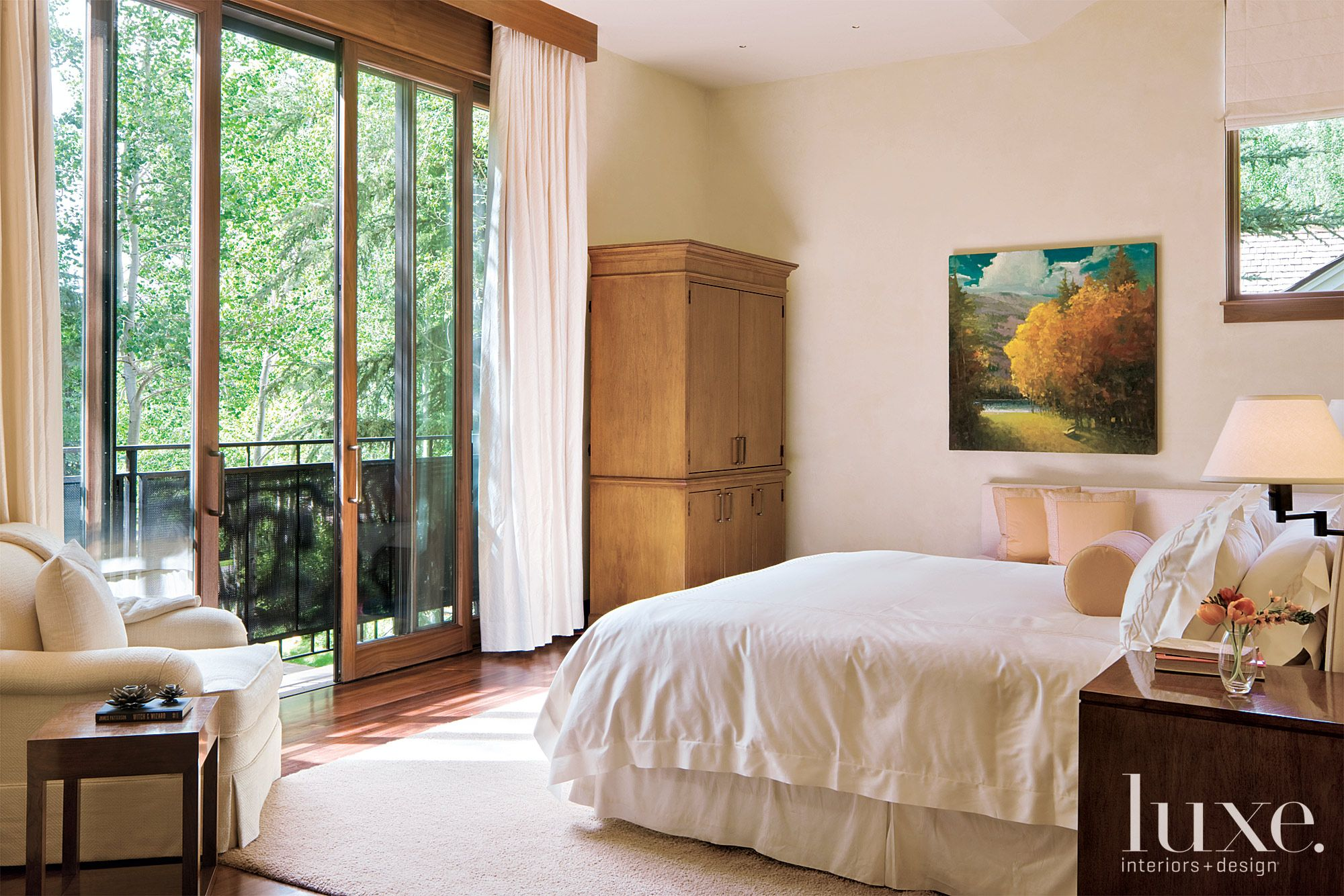 Contemporary Cream Bedroom with Oil Painting