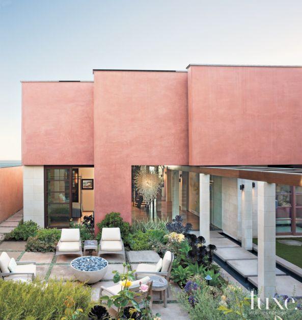 Laguna Beach Luxury Homes: A Contemporary Laguna Beach Home With A Dramatic