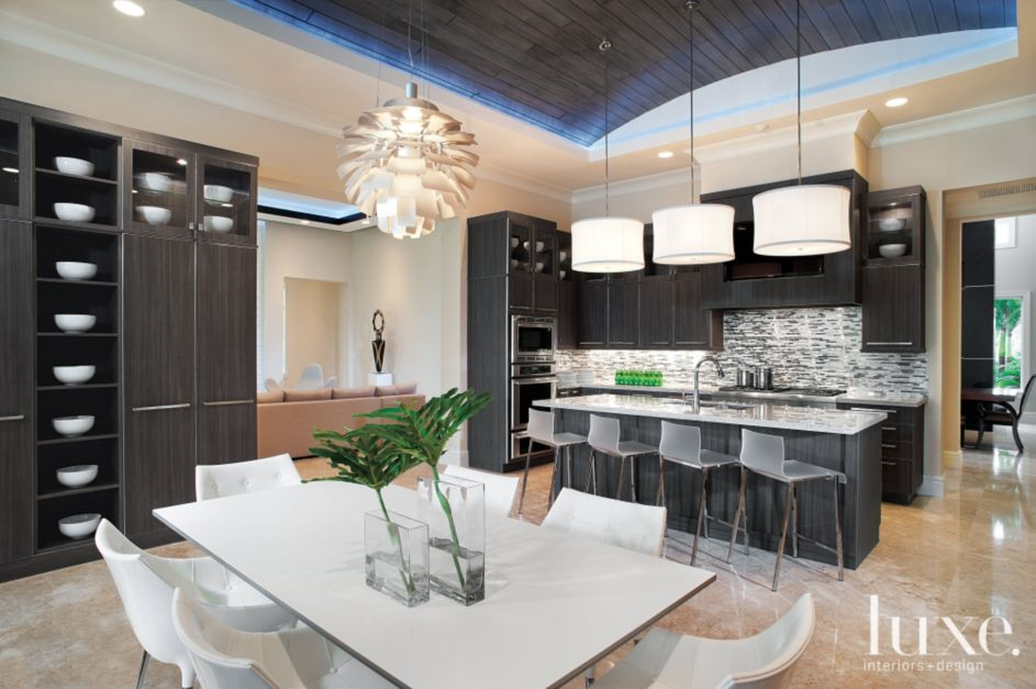 Modern Kitchen With Barrel Vaulted Ceiling Luxe