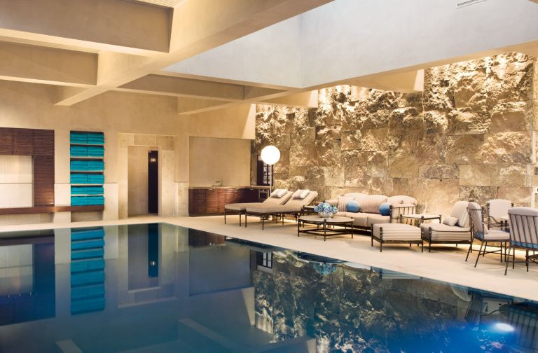 9 Homes with Indoor Pools | Features - Design Insight from the ...
