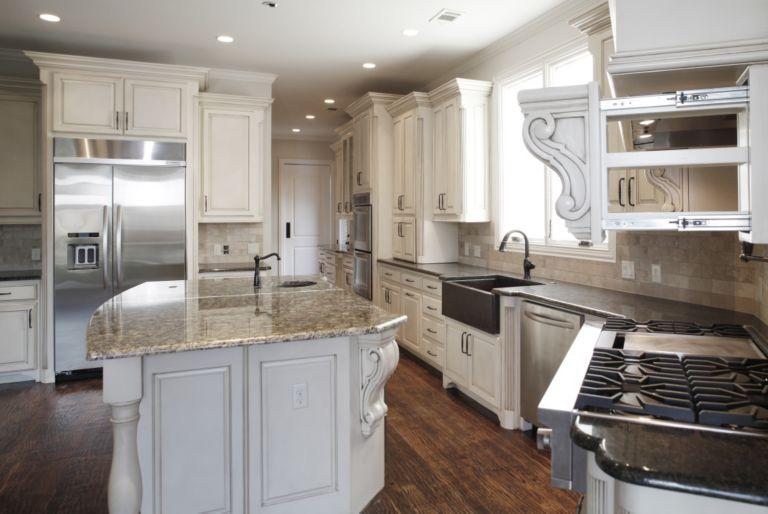 Kitchen By Bella Vita Custom Homes Luxe Interiors Design