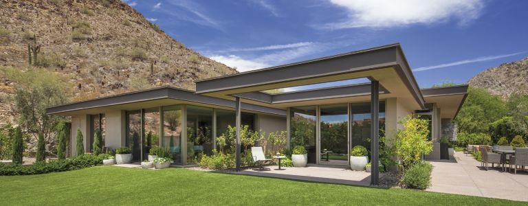 A Contemporary Mountainside Arizona Home