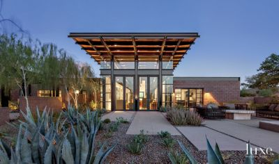 Captivating Modern Sonoran Desert Home