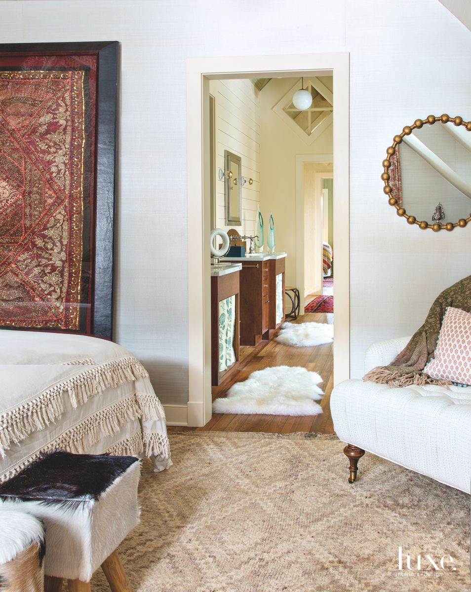 Master Bathroom as an Anteroom to the Master Bedroom