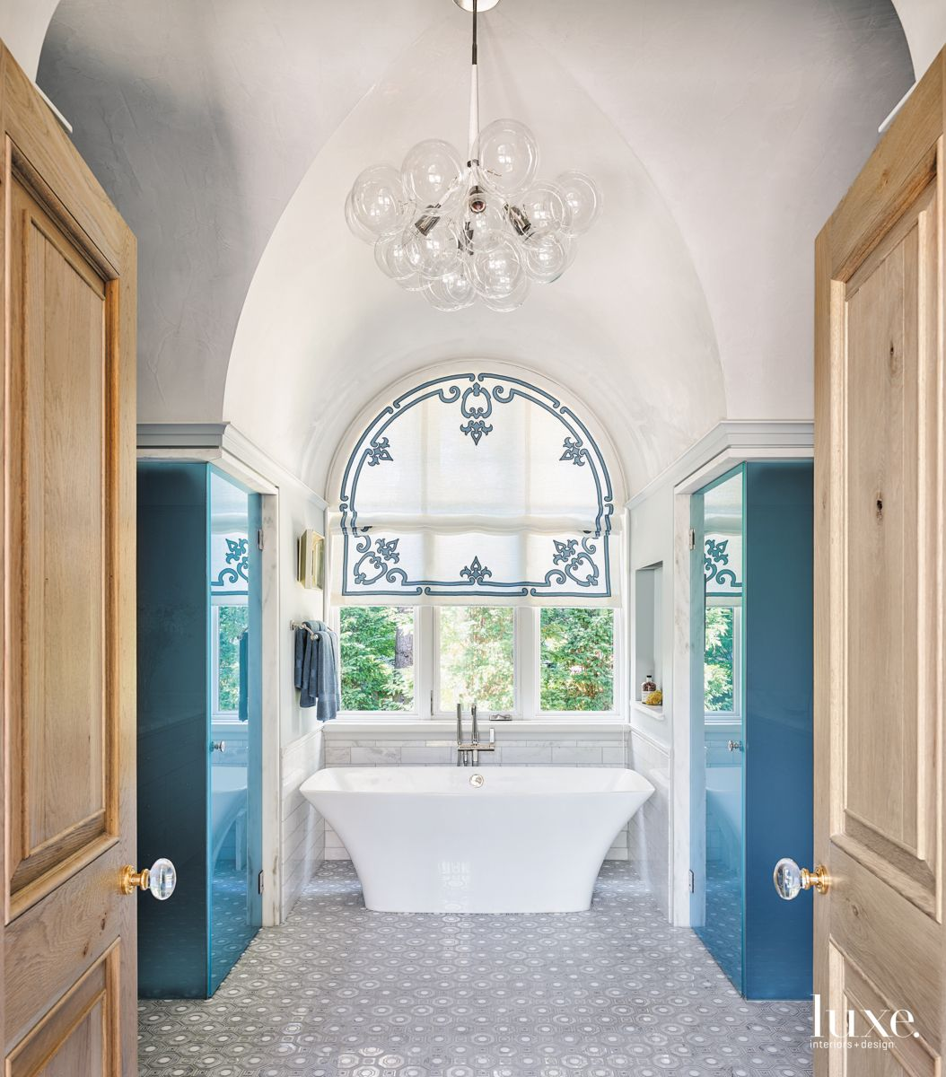 Full Display European Influenced Master Bathroom