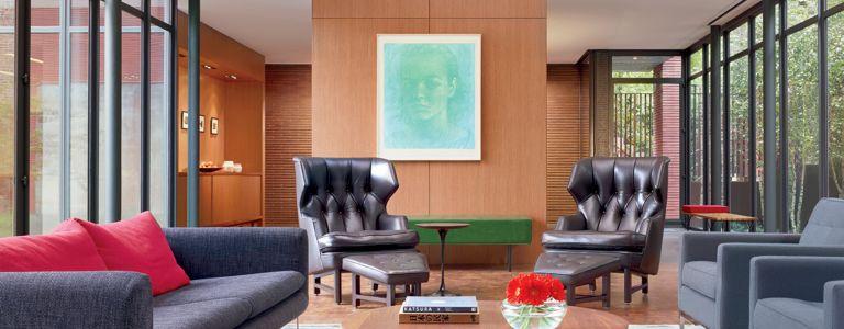 A Modern Urban Bucktown Home with Tranquil Courtyard | Features ...