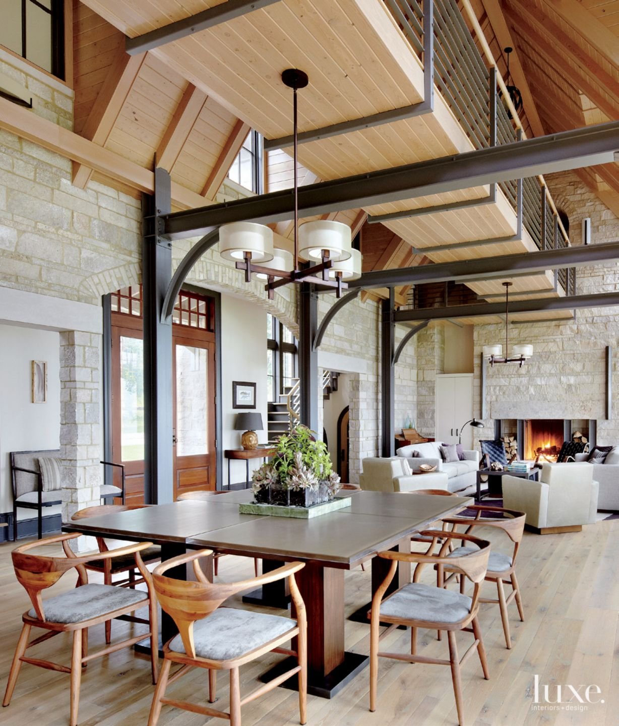 A Transitional Wisconsin Vacation Home