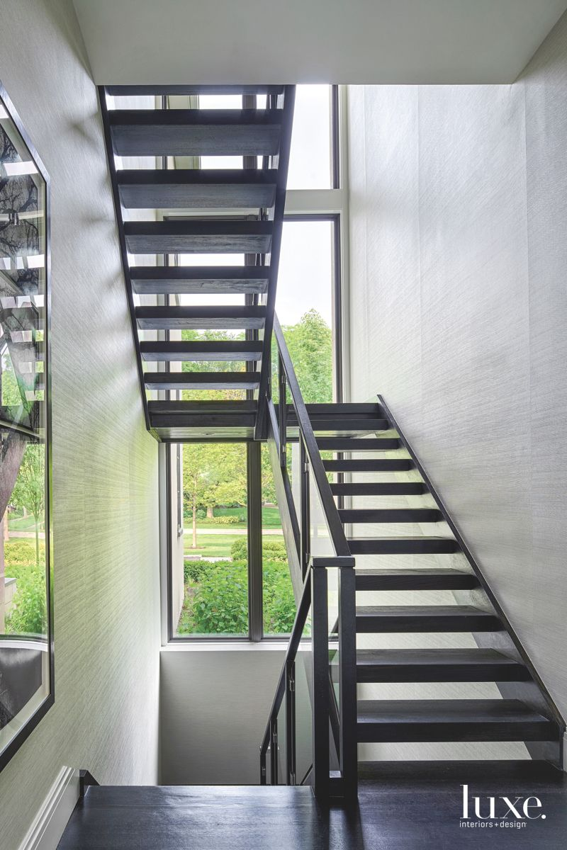 Simple and Contemporary Glass, Stainless Steel, and Oak Staircase