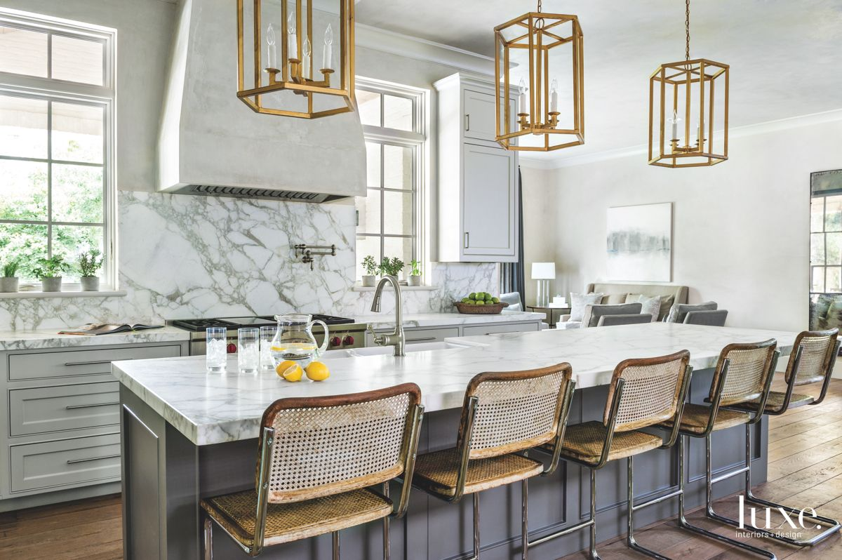 Gold Touch in a Neutral Gray Kitchen