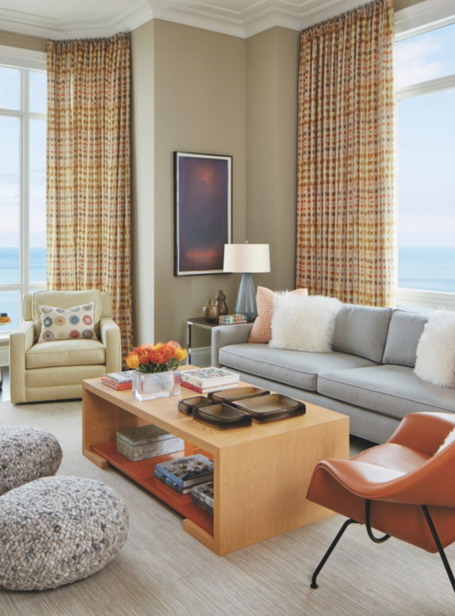 A Chicago Pied Terre Takes Inspiration From Lake Michigan