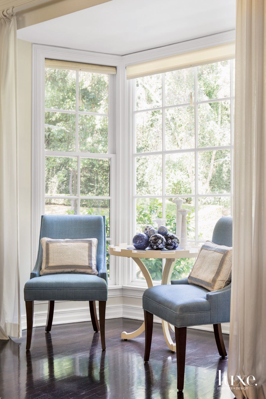 Traditional Neutral Living Room Vignette with French Pedestal Table