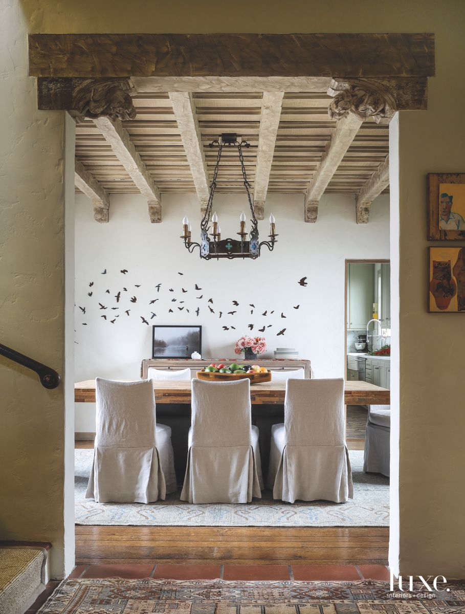 Dining Room with a Collaborative Bird Wall Installation