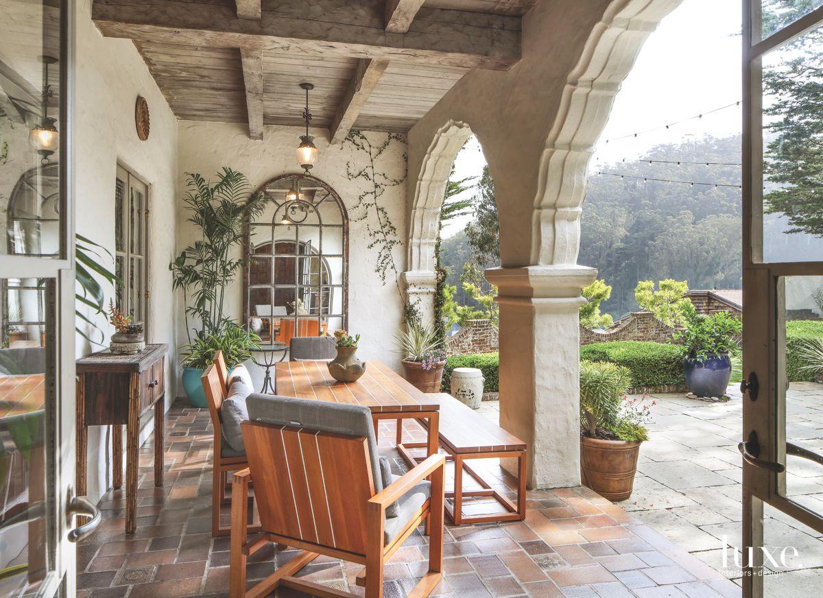 Veranda to Dine Alfresco and Take in a View