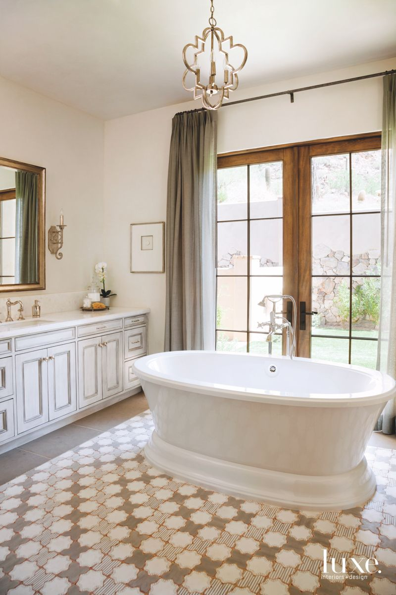 Center Stage Tub in Scottsdale Master Bathroom with Chandelier