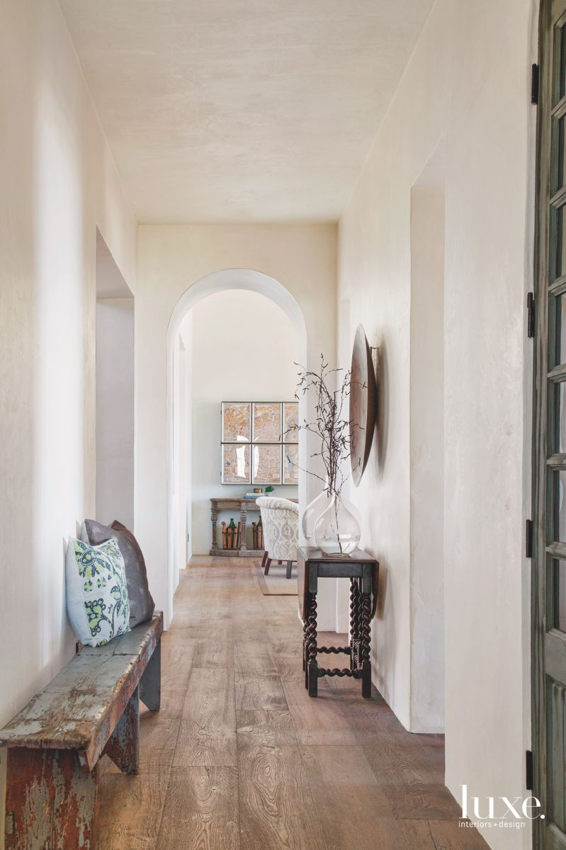 Rustic Tone Entrance Hall with Distressed Bench