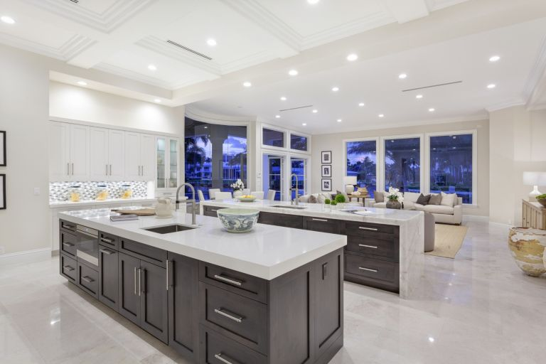 Hanna Homes Maya Palm Kitchen Front - Luxe Interiors + Design