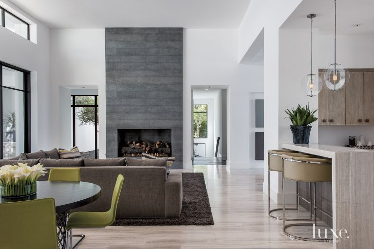 Modern White Living Room With Floor To Ceiling Fireplace - Luxe ...