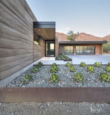A Midcentury Modern Paradise Valley Home Boasts A Minimalist