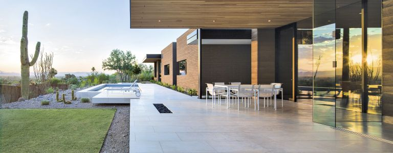 A Midcentury Modern Paradise Valley Home Boasts A Minimalist ...