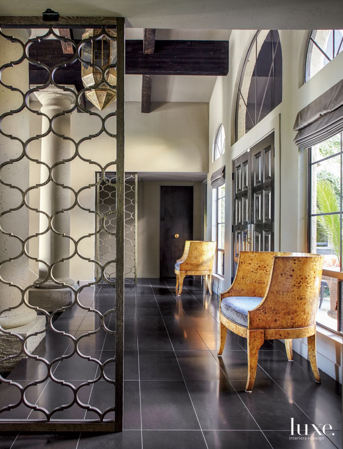 Transitional Neutral Foyer with India-Inspired Room Dividers