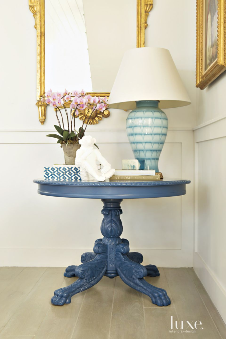 Contemporary Hallway Pedestal Table