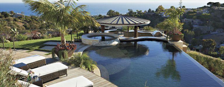 modern resort style laguna beach dwelling - Modern Hillside Homes