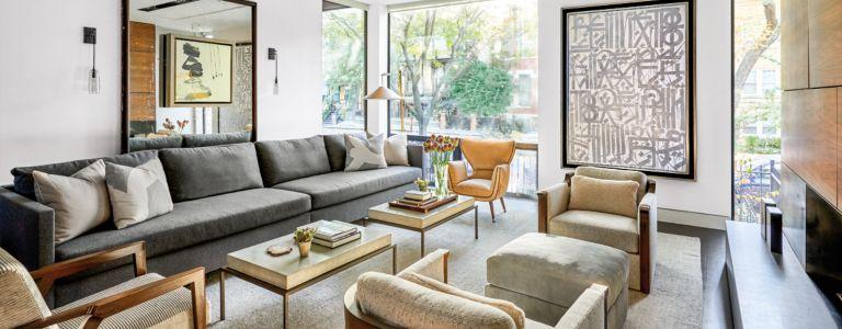 A Contemporary Chicago Home with a Standout Central Atrium ...