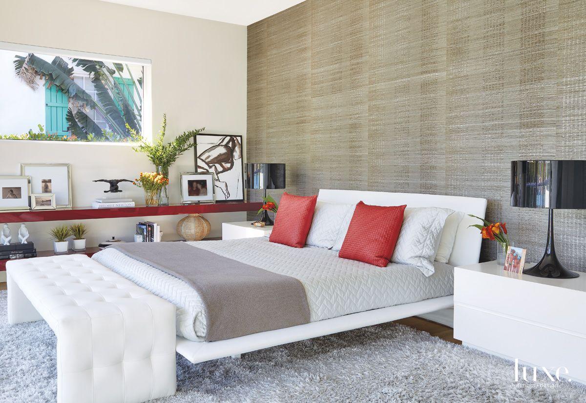 A Contemporary Miami Beach Home with
