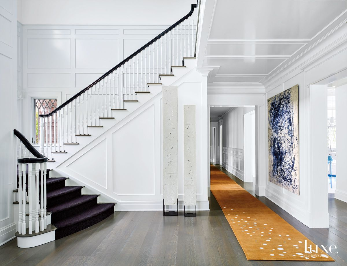 Contemporary White Entry with Silk-and-Wool Runner