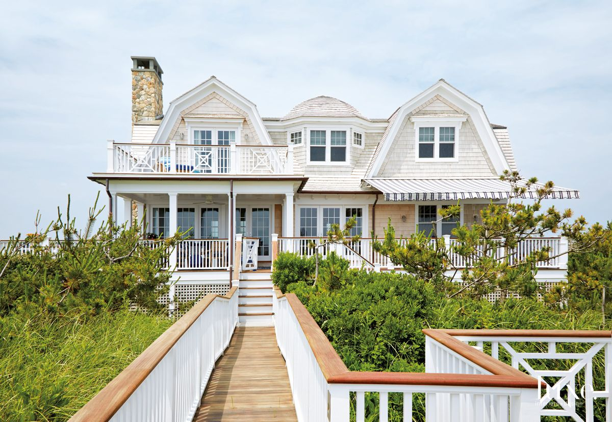 Traditional Neutral Front Elevation with Beach Cottage Architecture