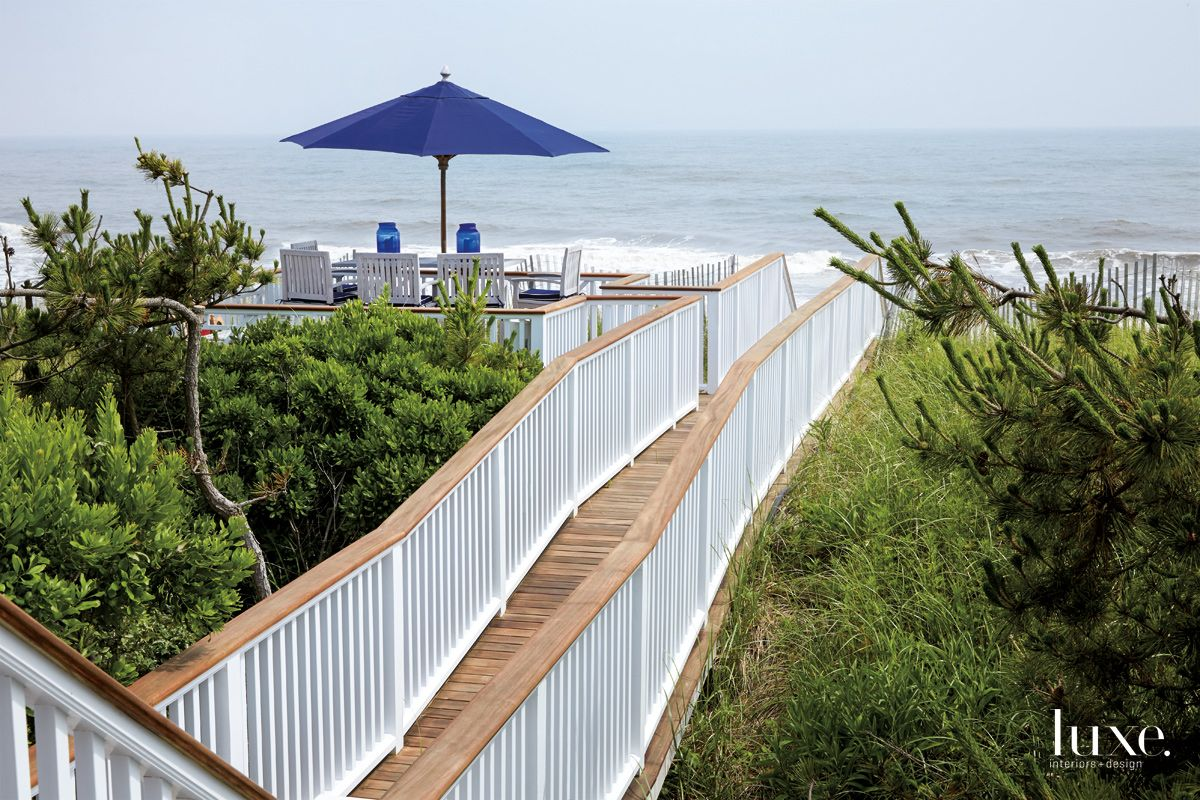 Traditional Neutral Railed Walkway with Sundeck