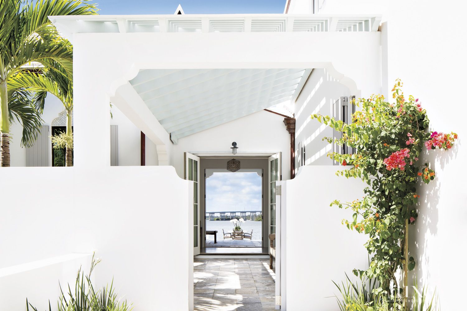 Modern White Breezeway with Trellised Roof