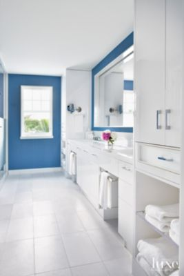 Contemporary White Master Bathroom With Double Vanity Luxe