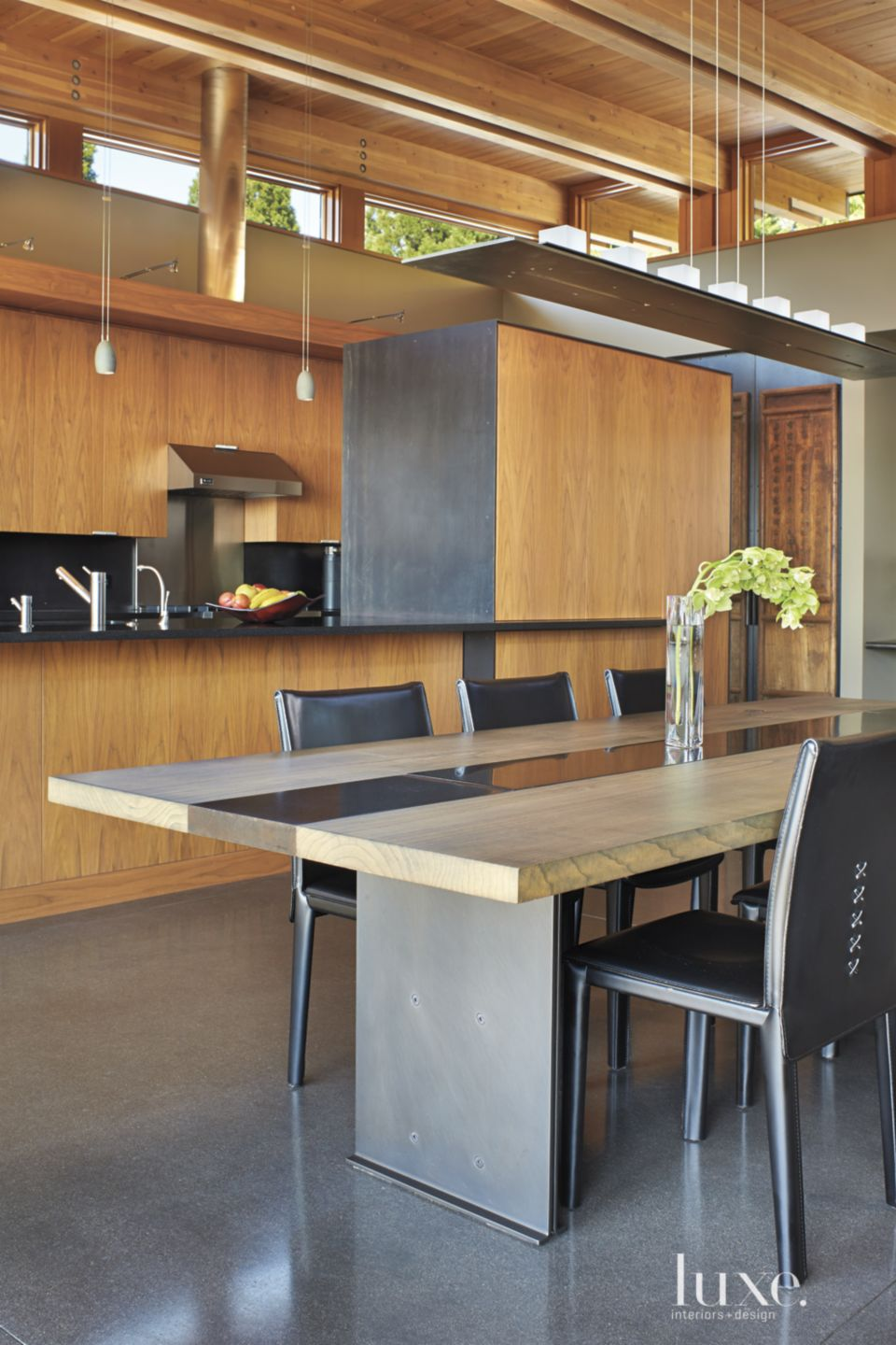 Contemporary Neutral Dining Room with White Ash Table