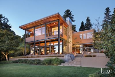 A Modern Mercer Island Home with Contemporary