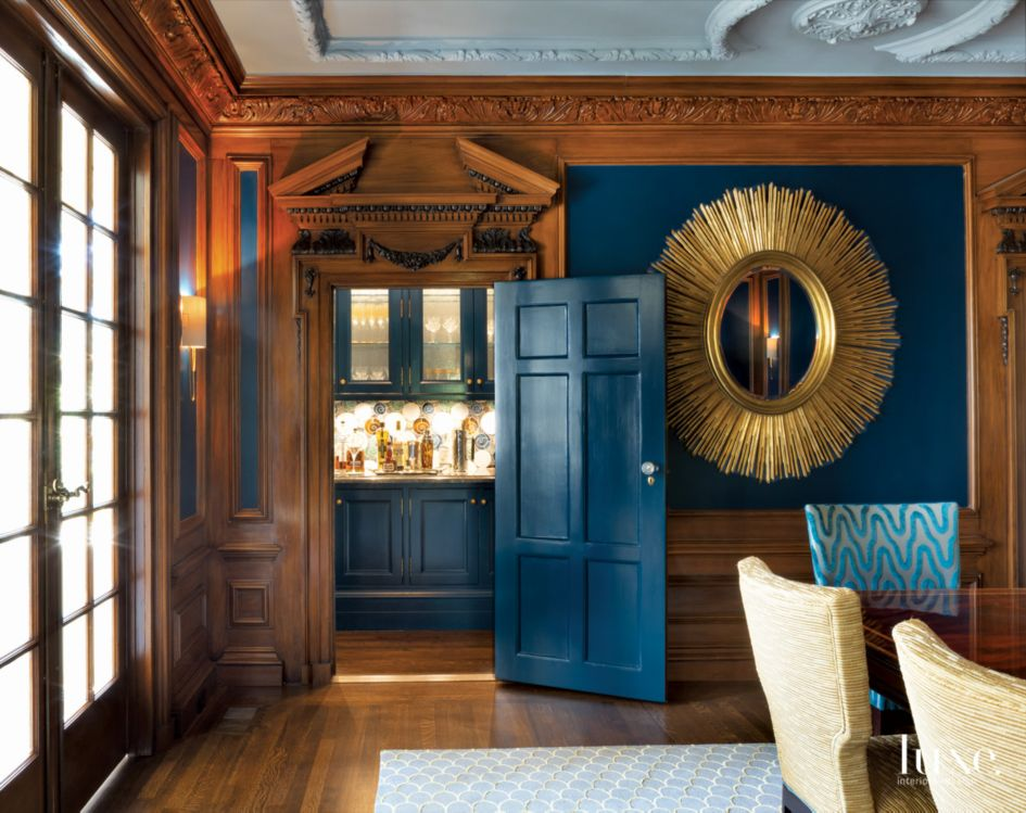 Traditional Blue Dining Room Butler's Pantry with Crown