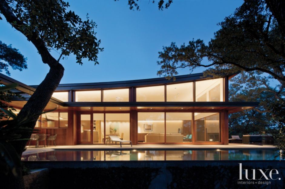 A Modern Austin Home With Dramatically Sloped Rooflines | Features ...