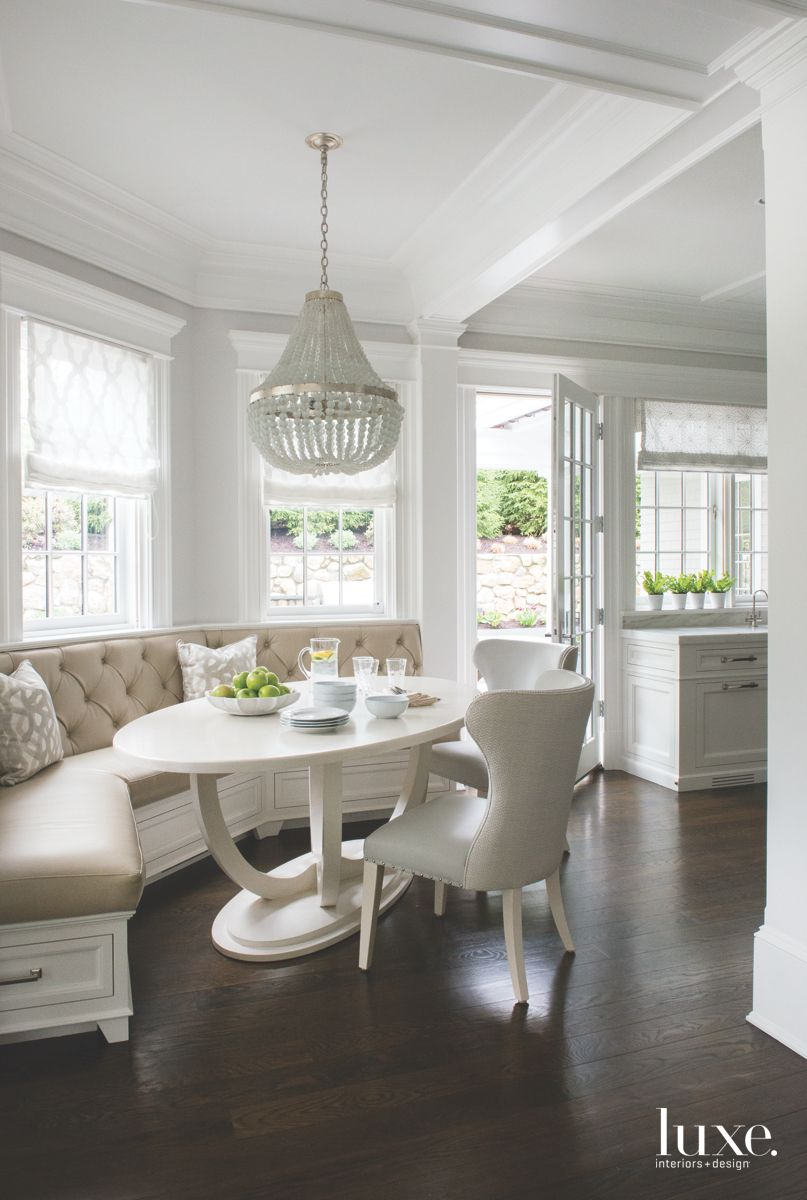 A Bright Breakfast Nook