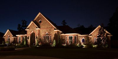 Low Voltage Outdoor Lighting Houston 4   The Perfect Light.JPG | LuxeSource  | Luxe Magazine   The Luxury Home Redefined