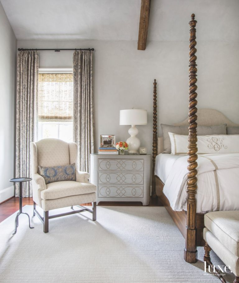 Four Poster Bed White And Gray Master Bedroom With Seat Side Table