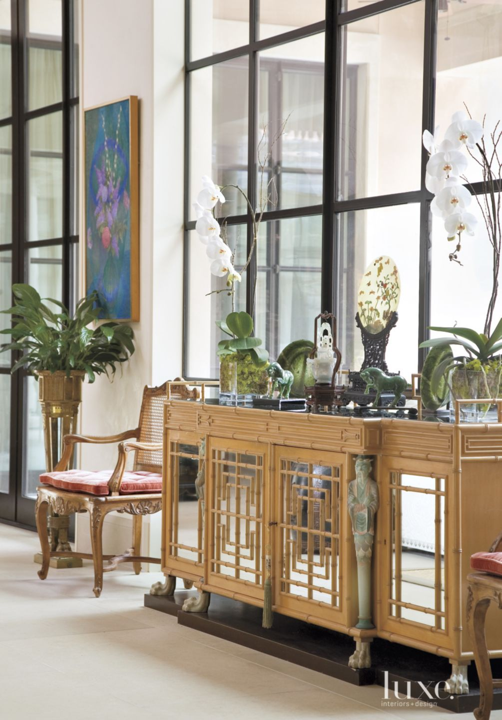 A Traditional Fort Worth Home With Ample Artwork Luxe