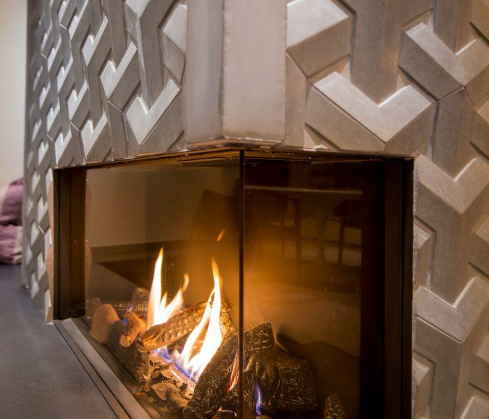The Fireplace Boutique At Distinctive Mantel Designs Inc